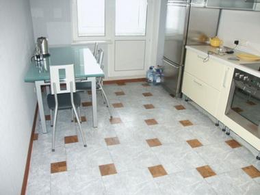Линолеум на кухне.